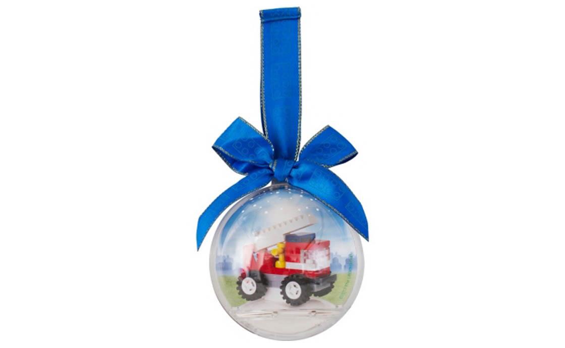 LEGO Accessories Ёлочный шар с пожарной машинкой (6047299)
